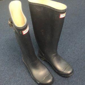 Hunter Navy Tall  Rain Boots Wide Calf with Insert